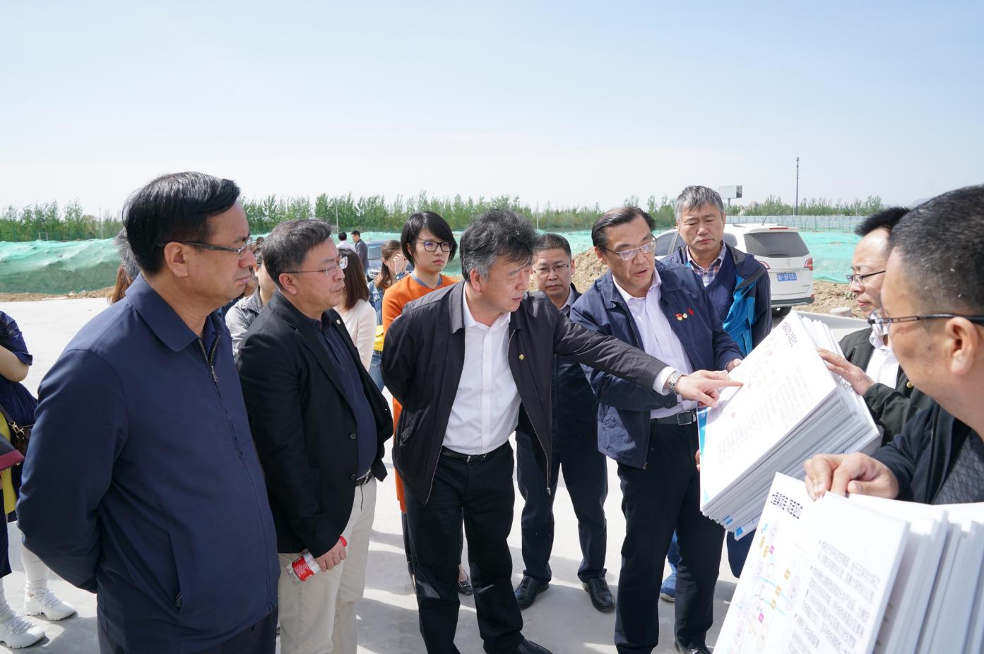 集团领导到公司三个京内项目调研指导工作
